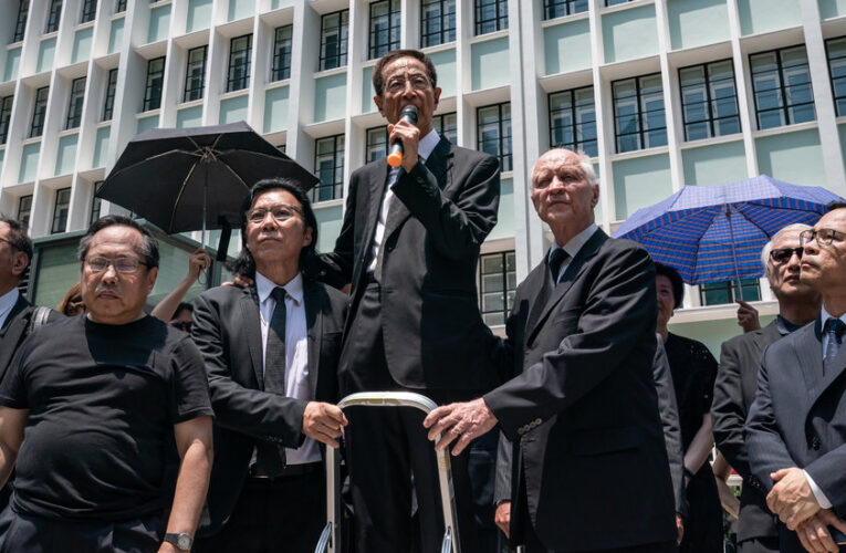 The 'Father of Democracy' Caught Between Hong Kong's Extremes