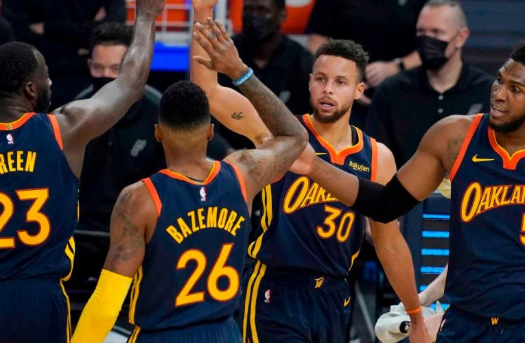 Golden State Warriors pay tribute to Kamala Harris in 'nice day' for Oakland