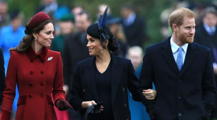 Prince Harry, Meghan Markle making an attempt to heal rift by showering Kate Middleton with items