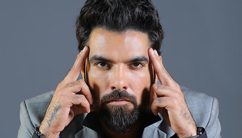 We've turned Urdu into a symbol of illiteracy: Yasir Hussain