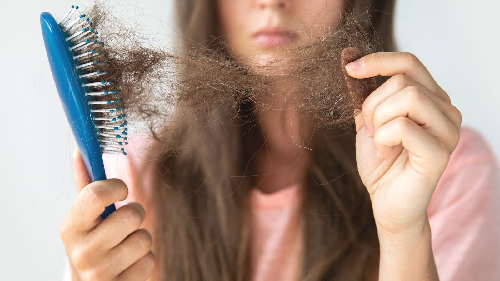 Hair loss has found to be a long-term symptom of COVID-19 in a new study. Pic: istock