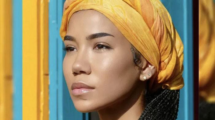 Singer Jhené Aiko to host Grammy Awards on March 14