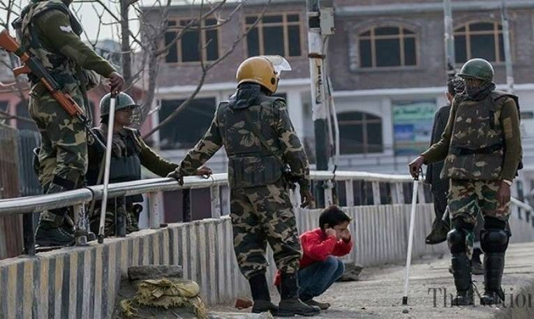 Indian troops martyr one Kashmiri youth in Budgam district of IIOJK