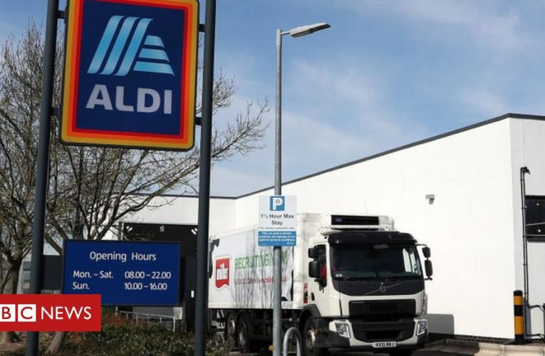 Pay rise for Aldi lorry drivers amid shortage