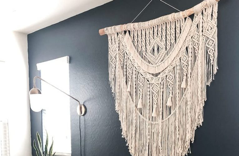 Mastering Macrame Projects: How To Create Handmade Home Decor With Unique Macrame Techniques: Things To Look For In Choosing A Macramé Cord