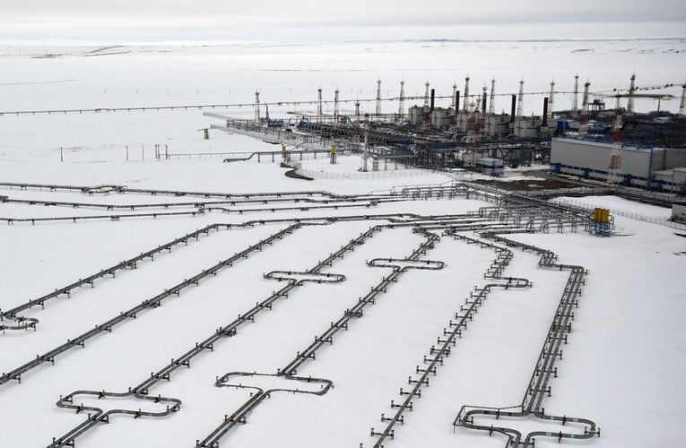 As Europe Faces a Cold Winter, Putin Seizes on the Leverage From Russia's Gas Output