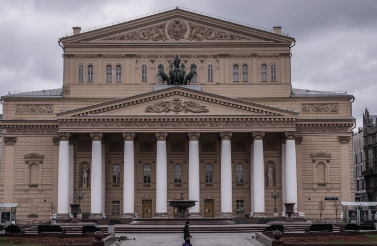 Bolshoi Performer Is Killed in Onstage Accident