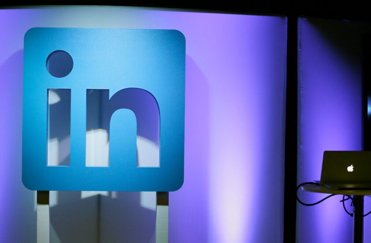 LinkedIn to Shut Down Service in China, Citing 'Challenging' Environment