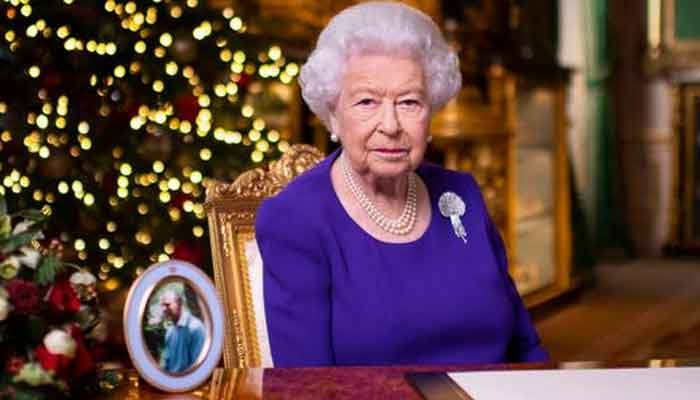 Queen Elizabeth carries out first major engagement at Buckingham Palace since pandemic