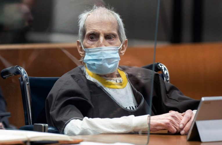 Robert Durst charged with 1982 murder of missing wife