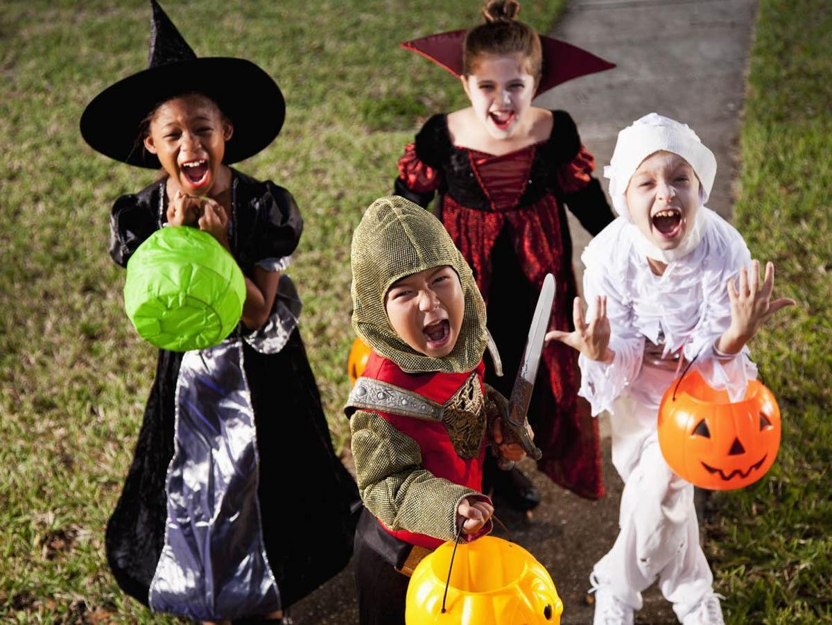 School cancels Halloween parade because event 'marginalises people of colour'