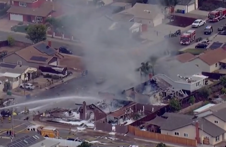 Small plane crashes in San Diego engulfing house in flames